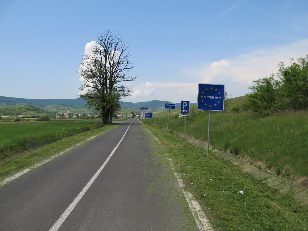Poland - Slovakia border crossing | Circ, SK - Leluchow ... |Slovakia Borders